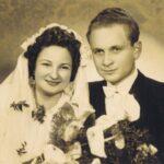 Fotografia przedstawia parę młodą pozującą do zdjęcia - portret.